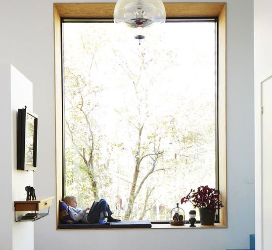 chỗ ngồi cửa sổ 12