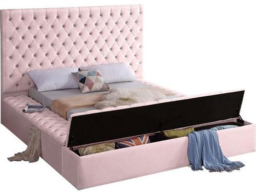 giường ngủ màu hồng 2