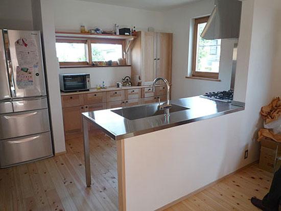 mẫu phòng bếp thiết kế đơn giản 4