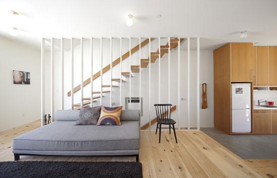 cầu thang phòng khách đẹp 9