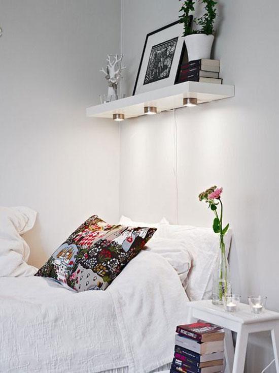 kệ trang trí phòng ngủ 1