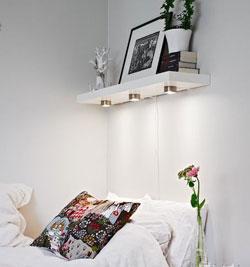 kệ trang trí phòng ngủ 11
