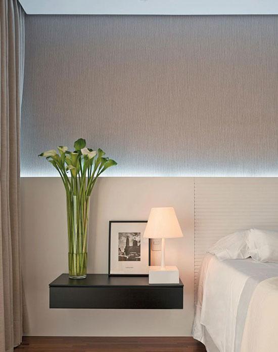kệ trang trí phòng ngủ 13