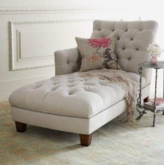 sofa mini trong phòng ngủ 18