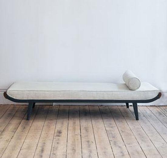 sofa mini trong phòng ngủ 2