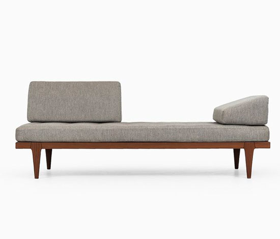 sofa mini trong phòng ngủ 22