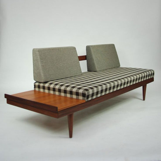 sofa mini trong phòng ngủ 27