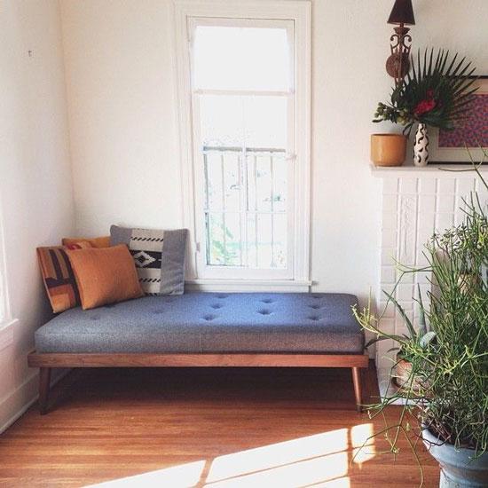sofa mini trong phòng ngủ 28